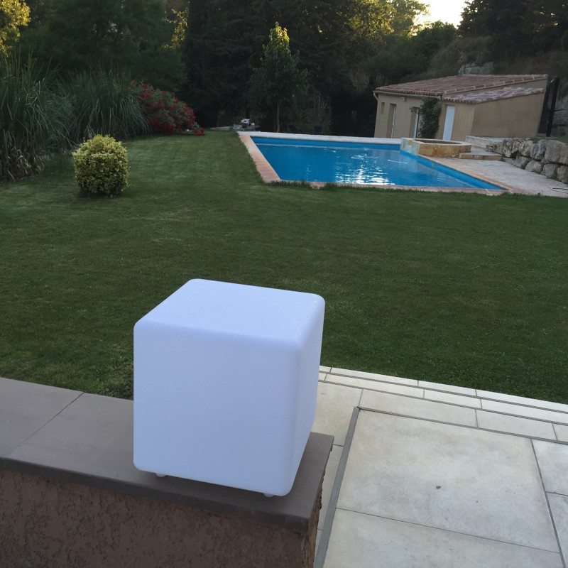 cube lumineux multicolore solaire casy lumisky leds