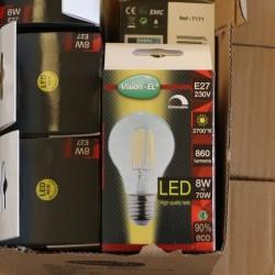 Ampoule LED E27 8W 2700K